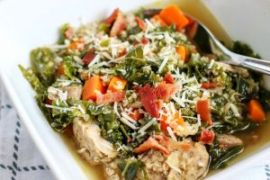 image of chicken kale quinoa soup